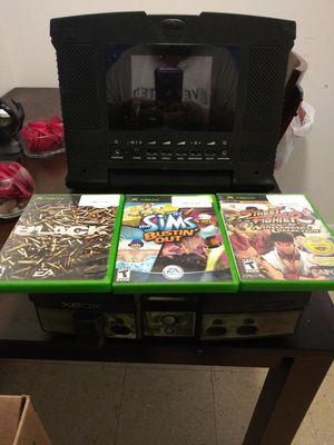 Xbox with screen and games for Sale in Lafayette, LA
