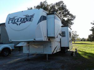 2009 Cyclone Toy Hauler for Sale in Navasota, TX