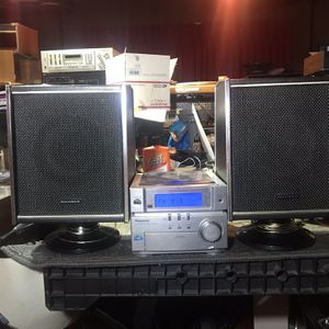 Panasonic SA-PM03 CD Stereo System With Panasonic Speakers for Sale in Anaheim, CA