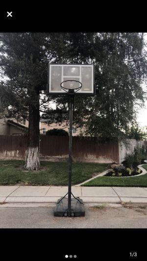 Basketball hoop for Sale in Ripon, CA