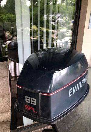 Evinrude Engine cover good condition for Sale in Sunrise Beach, MO