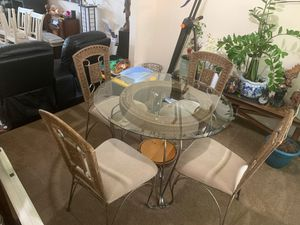 Dining room table for Sale in Kent, WA