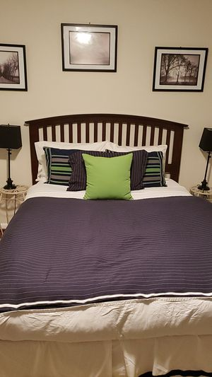 Queen mattress, box spring, bed frame and headboard for Sale in New Orleans, LA