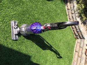 Dyson DC41 Animal Upright Vacuum Cleaner + Tangle Free Light and Powerful for Sale in Laguna Beach, CA