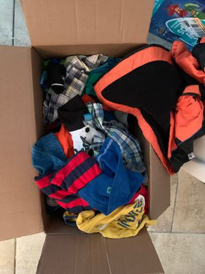 2t boy clothses for Sale in TEMPLE TERR, FL