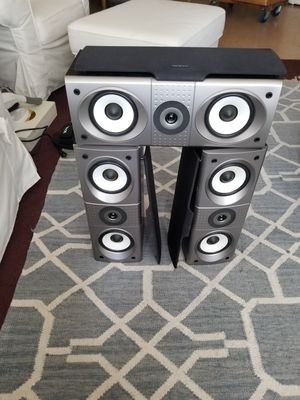 Onkyo front and Center chanell speakers model SKC -540C for Sale in Los Angeles, CA