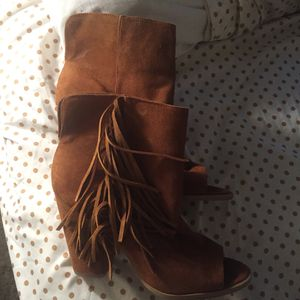 Fringe Boots (suede) woman's size 9 for Sale in Nashville, TN