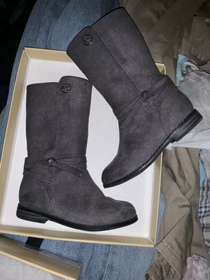 Girl MK boots for Sale in San Diego, CA