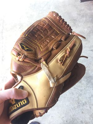 Mizuno glove, softball... baseball for Sale in Apex, NC