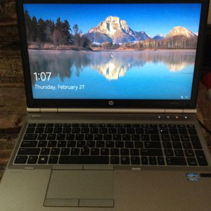 Hp laptop with windows 10 for Sale in Tacoma, WA