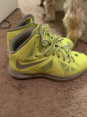 Lebron James Nike's size 11 for Sale in Orlando, FL