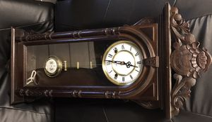 Antique wall clock for Sale in Lebanon, TN