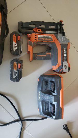16 gauge RIDGID finish nailer set. tool, charger, 2 battery's, and a case. for Sale in San Francisco, CA