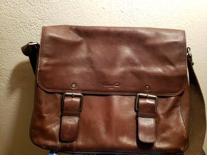 Kenneth Cole Leather Messenger Bag for Sale in Portland, OR