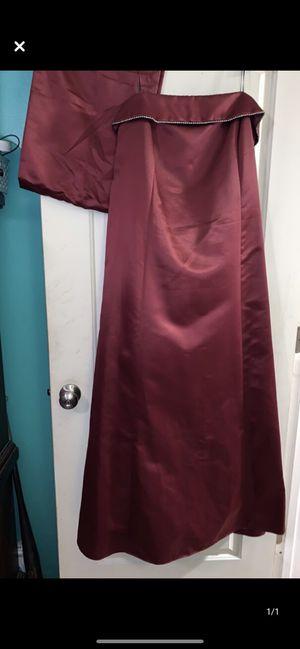 22w formal / prom dress worn once for Sale in Jacksonville, FL