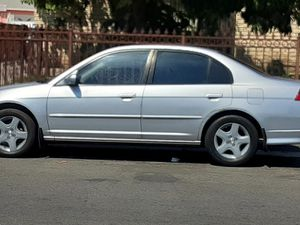 Honda Civic 2005 for Sale in Bell Gardens, CA