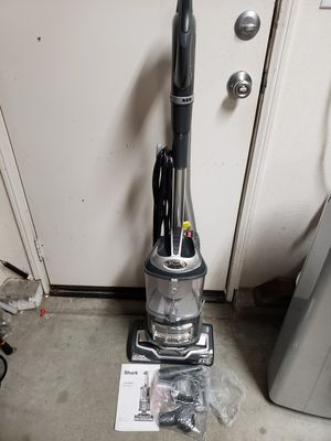 Shark Navigator lift away professional upright vacuum cleaner for Sale in March Air Reserve Base, CA