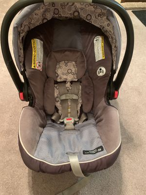 Graco car seat for Sale in Pittsburgh, PA