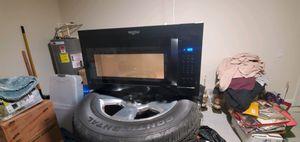 Whirlpool microwave for Sale in Lakeland, FL