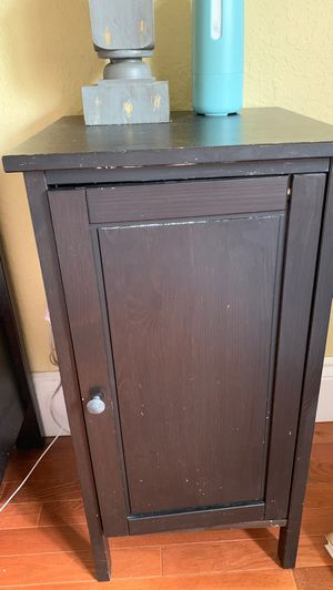 2 Black Nightstand Tables for Sale in Cutler Bay, FL