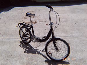 Schwinn Adapt Folding Bicycle Series, Great for City Riding Schwinn Adapt Folding Bike for Sale in Austin, TX