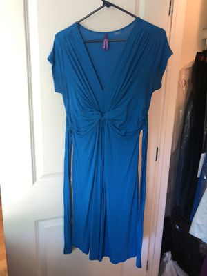 Women's maternity and nursing dress, size 4 for Sale in Wood Dale, IL