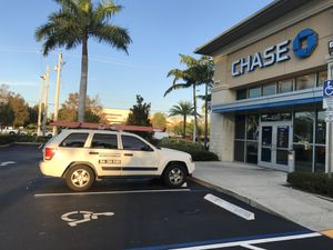 Jeep Grand Cherokee for Sale in Hollywood, FL