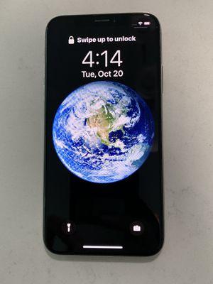 iPhone X unlocked for Sale in LAKE CLARKE, FL