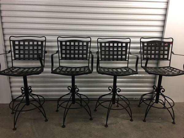 Bistro Patio Set With 4 Chairs For Sale In Redmond, WA