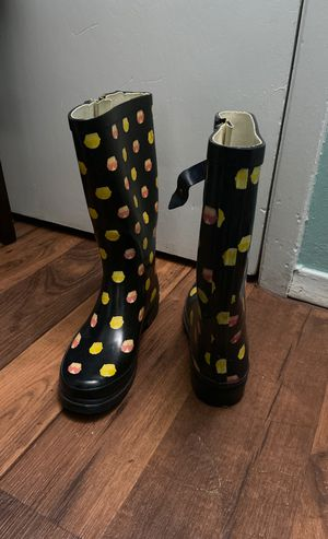 Rain boots (size 8) for Sale in Irving, TX