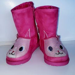 Kids Toddler Snow Boots. Size 9 for Sale in Lynnwood,  WA