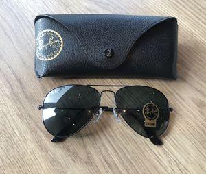 Ray ban Aviators 3025 unisex Sunglasses with receipt for Sale in Phoenix, AZ