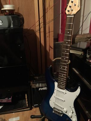 Electric guitar with amp for Sale in Bentley, LA