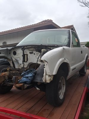2002 gmc sonoma parts for Sale in Union City, CA