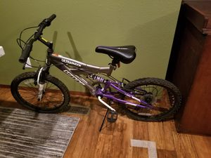 Ozone 500 ultra shock girl bike for Sale in Austin, TX