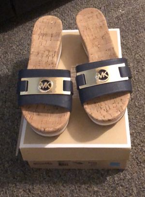 Michael Kors size 10 like new for Sale in Lititz, PA