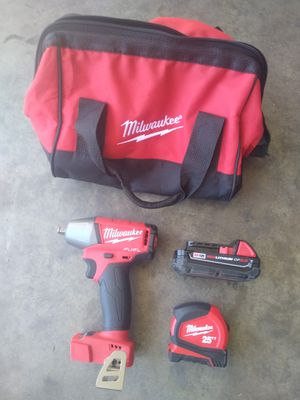 Milwaukee IMPACT WRENCH 3/8 for Sale in Phoenix, AZ