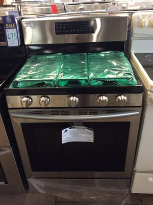 (Anoka 4268-SM LM) Samsung Stainless Steel 5 Burner Gas Stove for Sale in Ramsey, MN