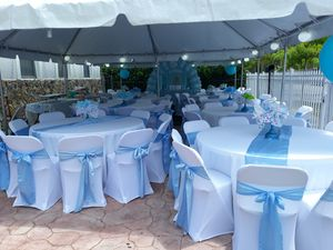 .R.E.N.T....TENT 20'x20' -tables -chairs -table linens -chairs covers for Sale in Miami, FL