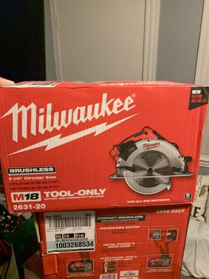 Milwaukee 18 volt circular saw for Sale in Peabody, MA