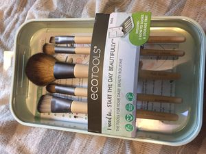 Eco tools Makeup Brush Set for Sale in Salem, OR