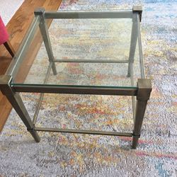 Side Table for Sale in Lynnwood,  WA