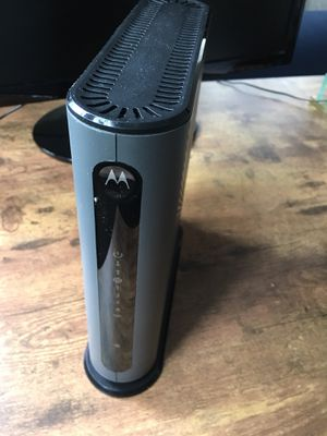 MOTOROLA MG7315 8x4 Cable Modem Plus N450 (Price Negotiable) for Sale in Reading, MA