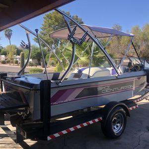 1987 ski centurion wakeboard boat 19ft 351 hp motor Runs excellent for Sale in Phoenix, AZ