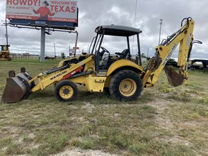 New Holland backhoe LB95B for Sale in Dallas, TX