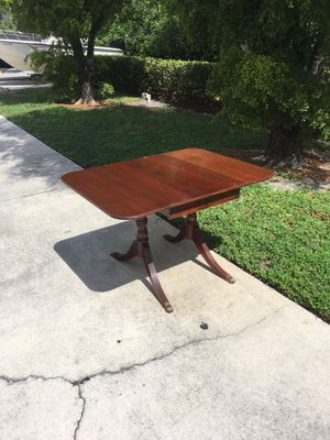 Brandt's Vintage Duncan Phyfe like Table ~ 🚗 DELIVERY AVAILABLE for Sale in Bonita Springs, FL
