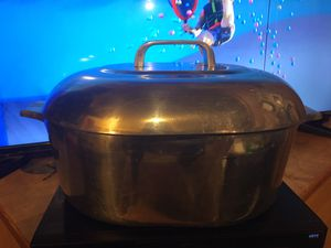 Wagner ware Sidney magnalite Dutch Oven for Sale in Benzonia, MI