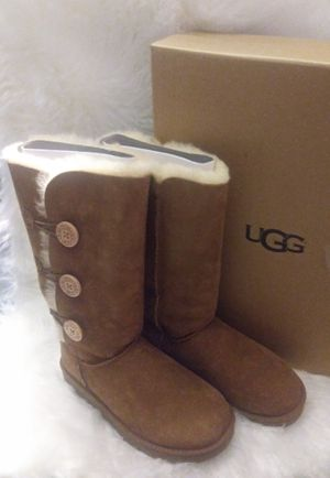 UGGS 👩 BOOTS for Sale in Las Vegas, NV