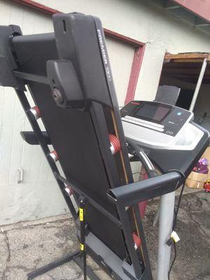 Treadmill pro form mod premier 1300 for Sale in La Puente, CA