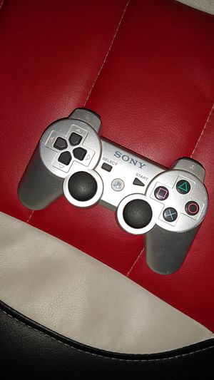 Newer Sony PS3 wireless controller for Sale in HUNTINGTN BCH, CA